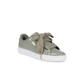 NWT Puma Leather Sneakers